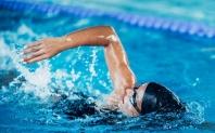 ¿Cómo conseguir que el entrenamiento en piscina no se nos haga pesado?