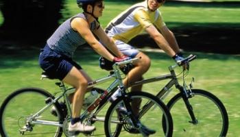 ¿Cuál es el casco más adecuado para la modalidad de ciclismo que praticas?